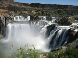 Shoshone Falls, Idaho. Image for Find Insurance Agents in Idaho, best car insurance in Idaho and best home insurance in Idaho web pages on valchoice.com