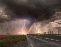 image for blog post on what to do before a tornado warning