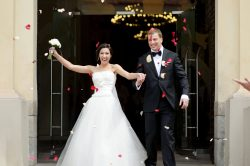 Image for blog post on does being married help to qualify for cheap car insurance